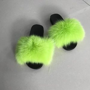 Fluffy Fur Neon Green Slides